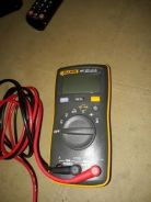 Fluke 107 multimeter