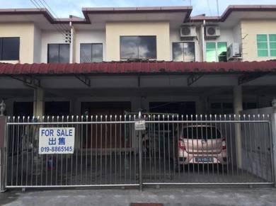 Intermediate double storey at Jalan wawasan