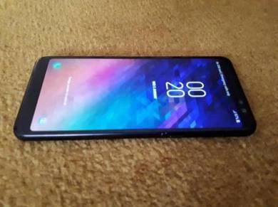 Samsung A8 2018 like new