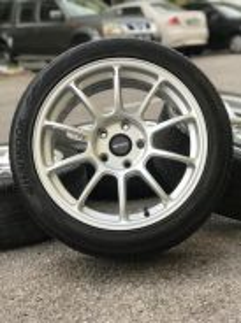 Rays ze40 17 inch sports rim preve tyre70%