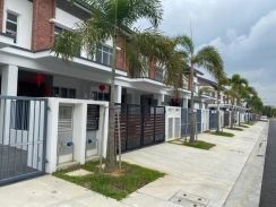 Livia 2-storey house , New Brand Unit , Bandar Rimbayu , Kota Kemuning
