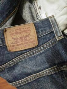 Levis Lot 503 selvage jeans W 32 L 42 ref May 25