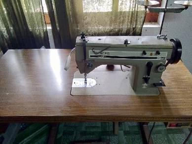 Sewing Machine SINGER & BOYIN