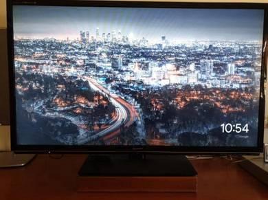 Phillips 52 Inch LED 3D HDTV