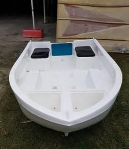 Polyethylene leisure boat