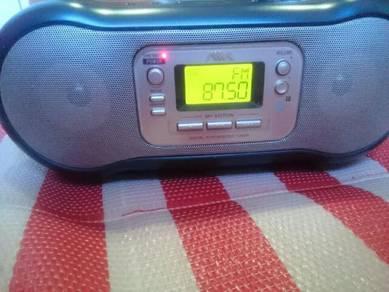 Aiwa Multimedia Radio