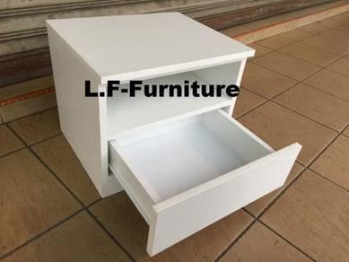 Kabinet kecil dengan Laci , Side Table with Drawer