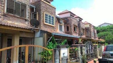 Bandar Baru Bangi Seksyen 3 Double Storey Near Masjid and Spacious