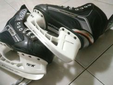 Ice hockey skate(bauer x400)