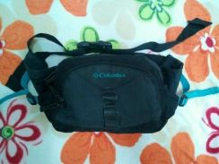 Columbia pouch bag