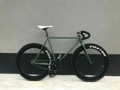 Fixie / fixed gear