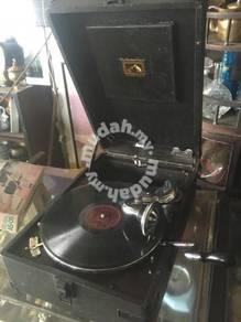 Antiques Gramophone V3 / Pemain Muzik Antik