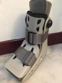 Aircast Walking Cast (Orthopedic)