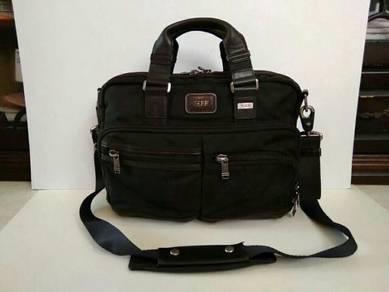 Tumi alpha bravo briefcase/sling bag