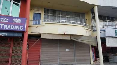 2 Storey shop for rent Facing main road Kolombong