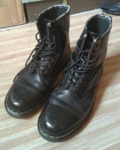 SCORPION boots UK8 size