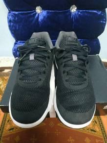 Kasut Adidas Dan Nike
