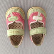 Kid's shoes ~ 5