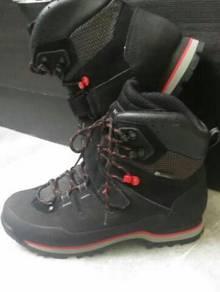 Forclaz 700 hikking shoe