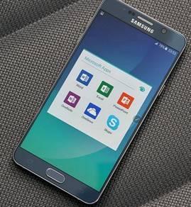 Galaxy Note 5 grey