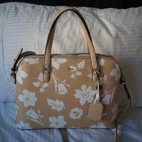 Authentic Lauren Ralph Lauren Handbag