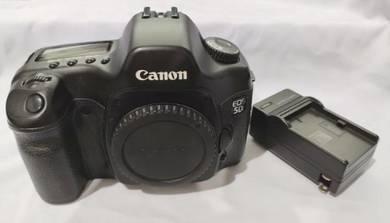 Canon 5D mark I DSLR