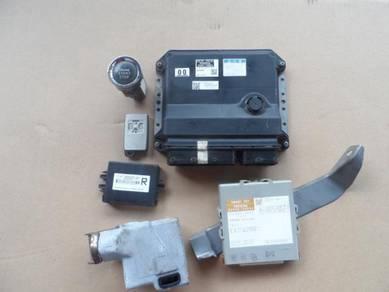 Toyota estima engine control unit
