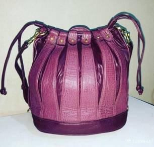 Drawstring Bag Leather Unbrand