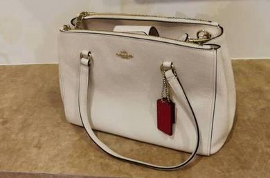Pre-owned Coach handbag in good condition