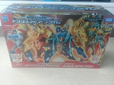 Hasbro takara tomy optimus prime gaia unicron