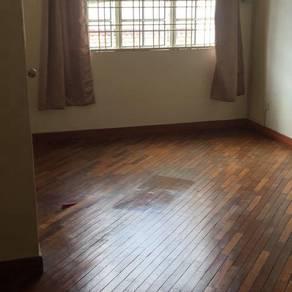 Bdr Puteri Puchong Ixora 6 medium Room