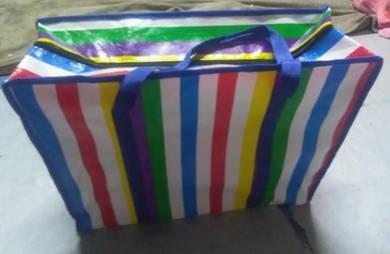 Beg plastik pelbagai