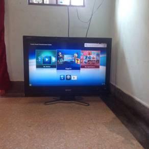 Sharp 32'lcd hd tv