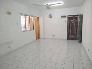 Pangsapuri Sri Kemuning , Kota Kemuning -( Ground floor )