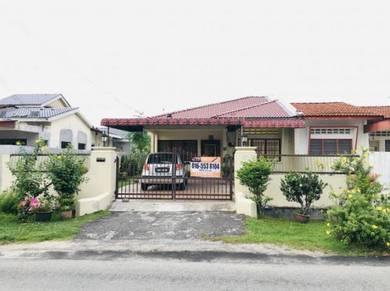 RENT~Renovated Semi-D Wah Keong Ipoh