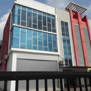 3 Storey Semi D Factory with office in Kota Kemuning Shah for rent