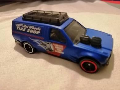 Time Shifter Tire Shop Hot Wheels Hotwheels Truck