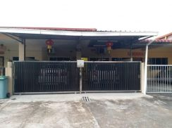 Singer storey Well maintained at Taman Genesis For Sale