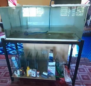Aquarium 4 kaki panjang + Top Cover + Sump Tank