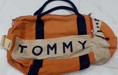 Tommy Hilfiger sling bag travel