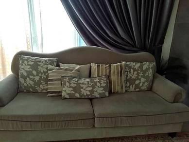 Used 3 seater Sofa