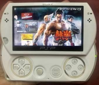 Sony PSP GO white color