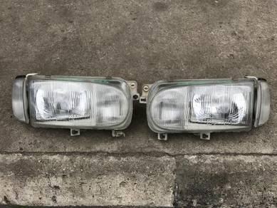 No 22-5-31 Lampu Nissan Serena C23 Jpn