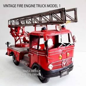 Vintage Fire Engine Truck 1
