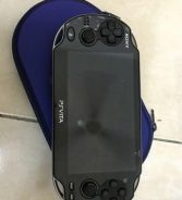 Ps vita 1k with 19 games