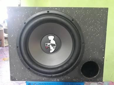Speaker mohawk cantik