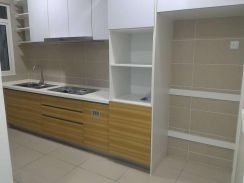 V-Residensi 2, Kit Cab, Beds, 4AC, Pool View, 2 C.Park, MSU, AEON Mall