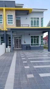 Rumah Semi D 2 Tingkat Jln K.Berang untuk Disewa