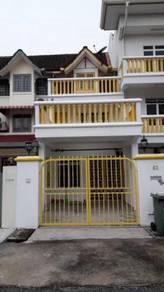 Jalan ipoh ,loactions sentul dato senu , two half storey house rent