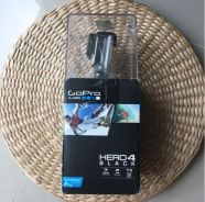 GoPro Hero 4 NeW with nego price ( still in seal)